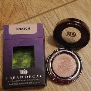 Urban Decay Single Eyeshadow in Snatch